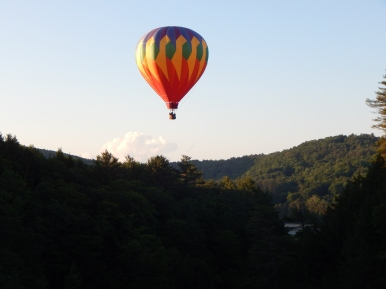 Hot air balloon over the gorge